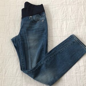 Gap maternity jeans size 6r